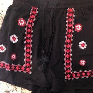 H&m funky flowy shorts